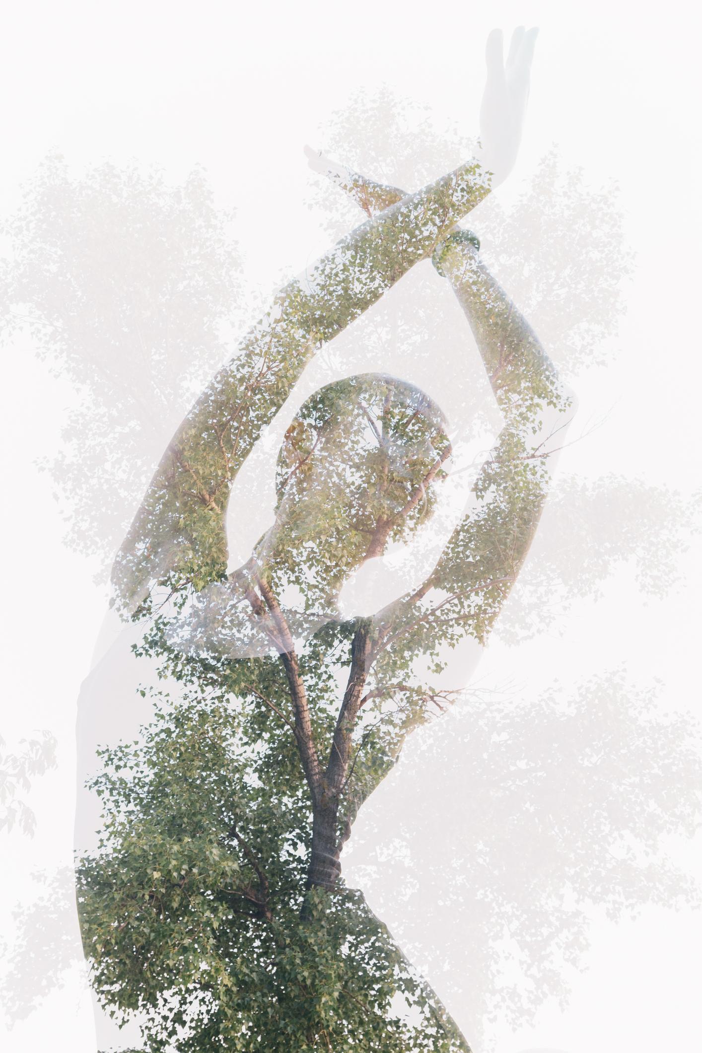 dancing-statue